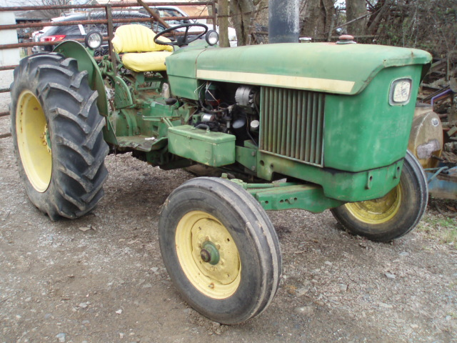 Online Auction Antique Tractors April 2018