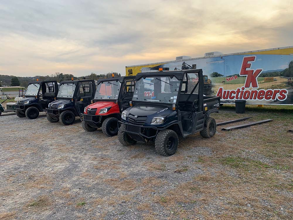 Knoxville fall equipment auction